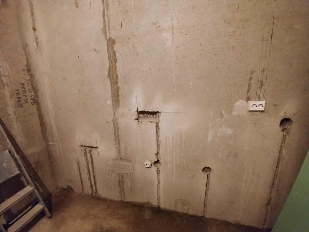 Штробление стен без пыли